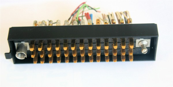 Siemens/Tyco DIN 41622 39pol Messerleiste vergoldet, mit Riegelwanne Metall GEBRAUCHT