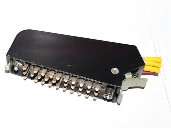 Siemens/ Tyco oder Amphenol Tuchel DIN 41622 30pol Messerleiste mit Metallhaube und Kodierstifte GEB