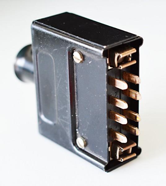 Amphenol Tuchel 8 Pol Steckerleiste DIN 41622 mit Gehäuse komplett aus Metall GEBRAUCHT